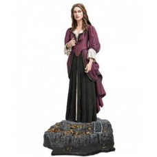 Elizabeth Swann with Knife & Base: Series 3 / Элизабет Суонн